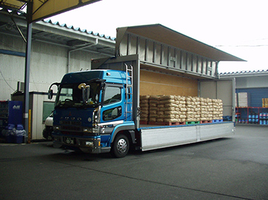 大型車(15t積載車)
